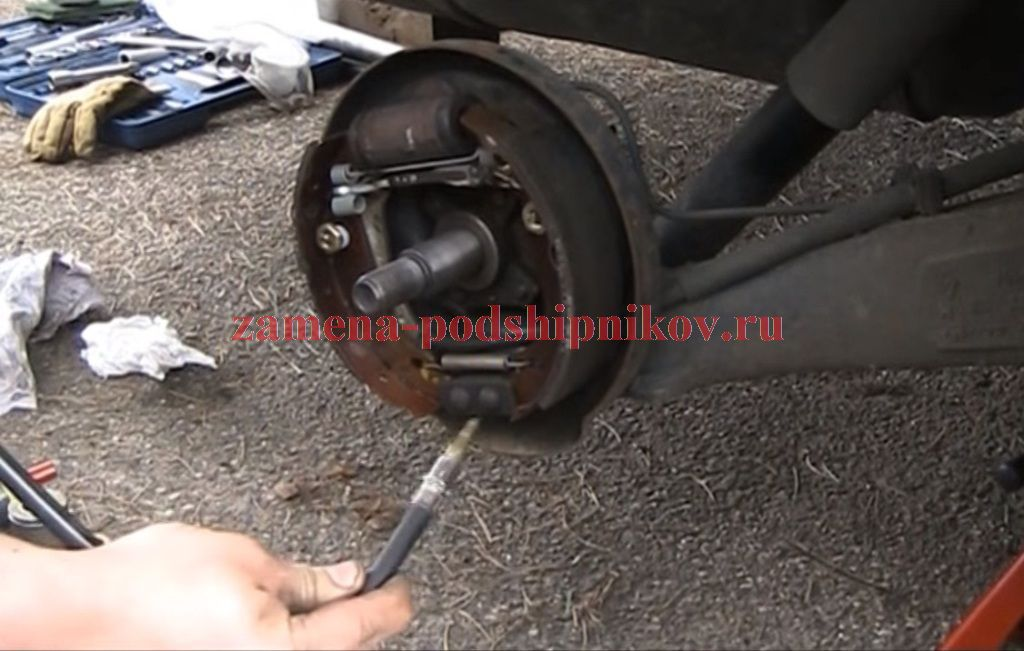 Замена переднего ступичного подшипника форд фокус своими руками
