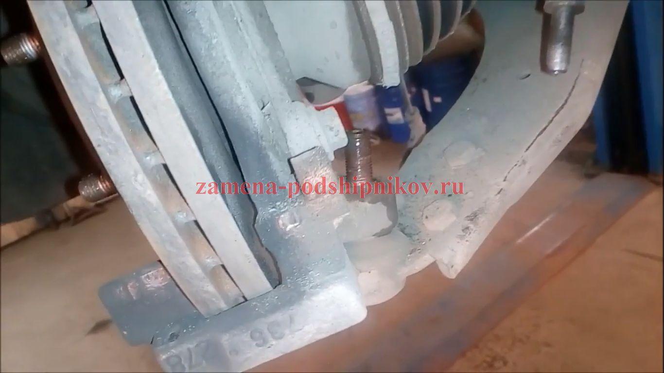 Замена подшипника передней ступицы Форд Фокус 2: фото и видео 76