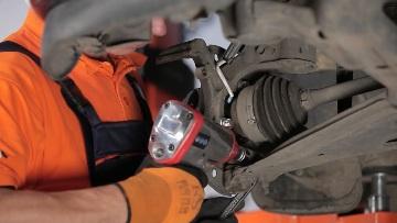 Замена ступицы переднего колеса Opel Astra H