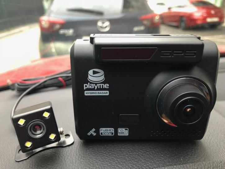 videoregistrator-playme-omega-1