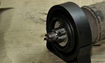 Монтаж подшипника карданного вала ВАЗ 2107