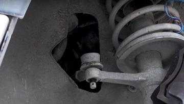 Снятие рулевого наконечника