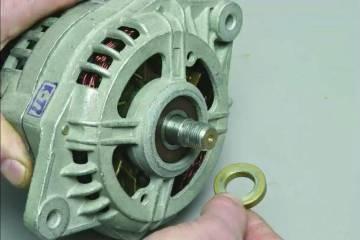 Снятие шайбы с вала ротора генератора